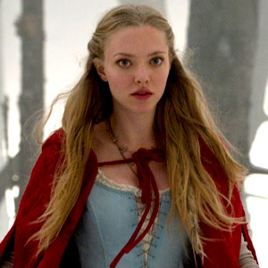 Amanda Seyfried - Red Riding Hood  (2011)